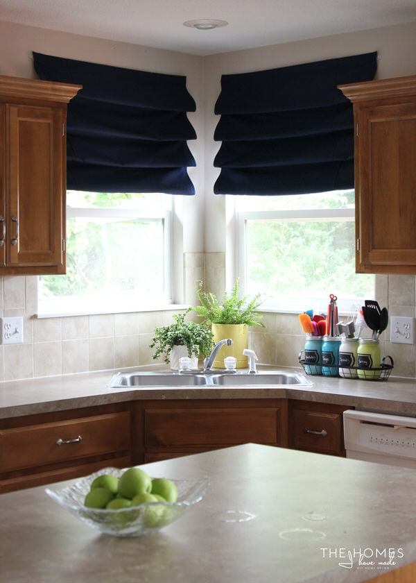 No-Sew Romand Shade in the Kitchen