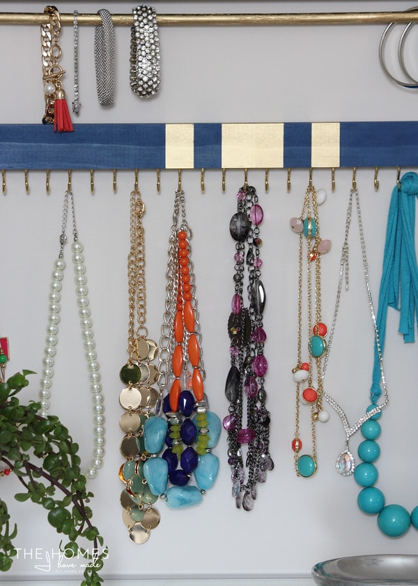 DIY Jewelry Organizers | Necklaces