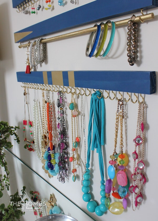 DIY Jewelry Organizers | Bracelets & Necklaces
