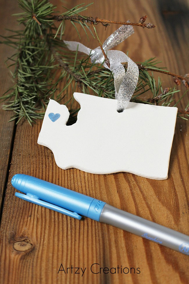 DIY State Ornament via Artzy Creations