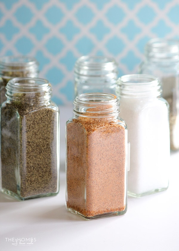 MagnetJars are clear, glass spice jars with heavy-duty magnets secured to the back! They are perfect for holding spices, craft supplies, hardware and more!
