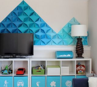 Looking for a really quick, inexpensive, temporary and EASY wall treatment idea? Try this 3D Mountain Mural maid entirely with paper!