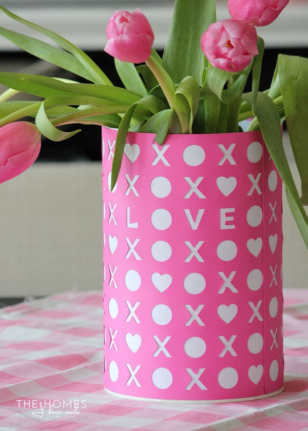 Use a Cricut Explore to make your home decor accessories!