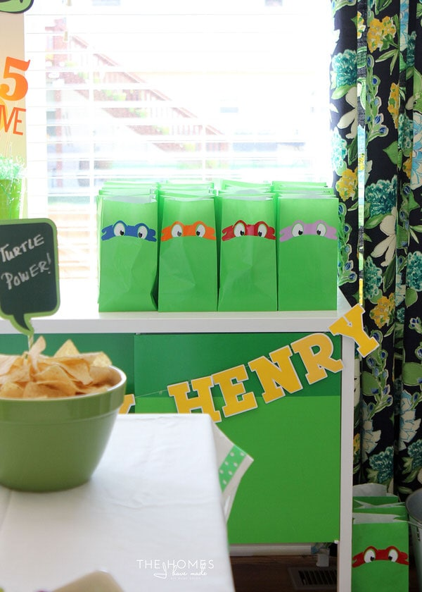 Check out this adorable Ninja Turtle Birthday Party full of awesome DIY projects!