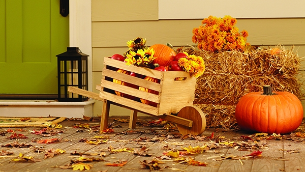 The Home Depot's #DIHWorkshop Virtual Party | Rustic Wheelbarrow