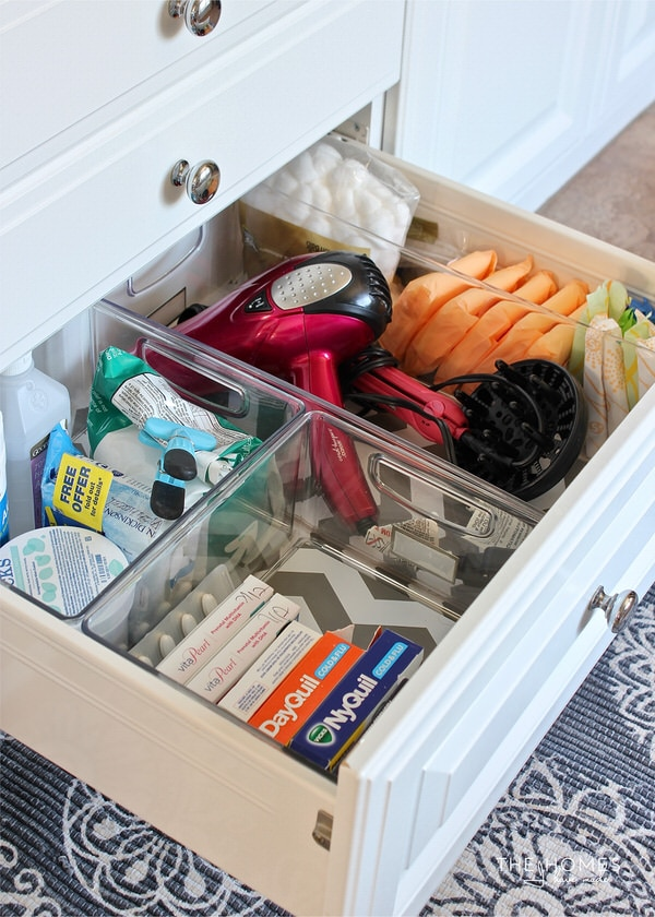 Are you bathroom cabinets and drawers a disaster? Check out the creative ways this blogger organized every last inch using items from around the house!