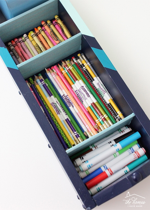These 16 easy and smart DIY projects will help you get organized for the new school year!