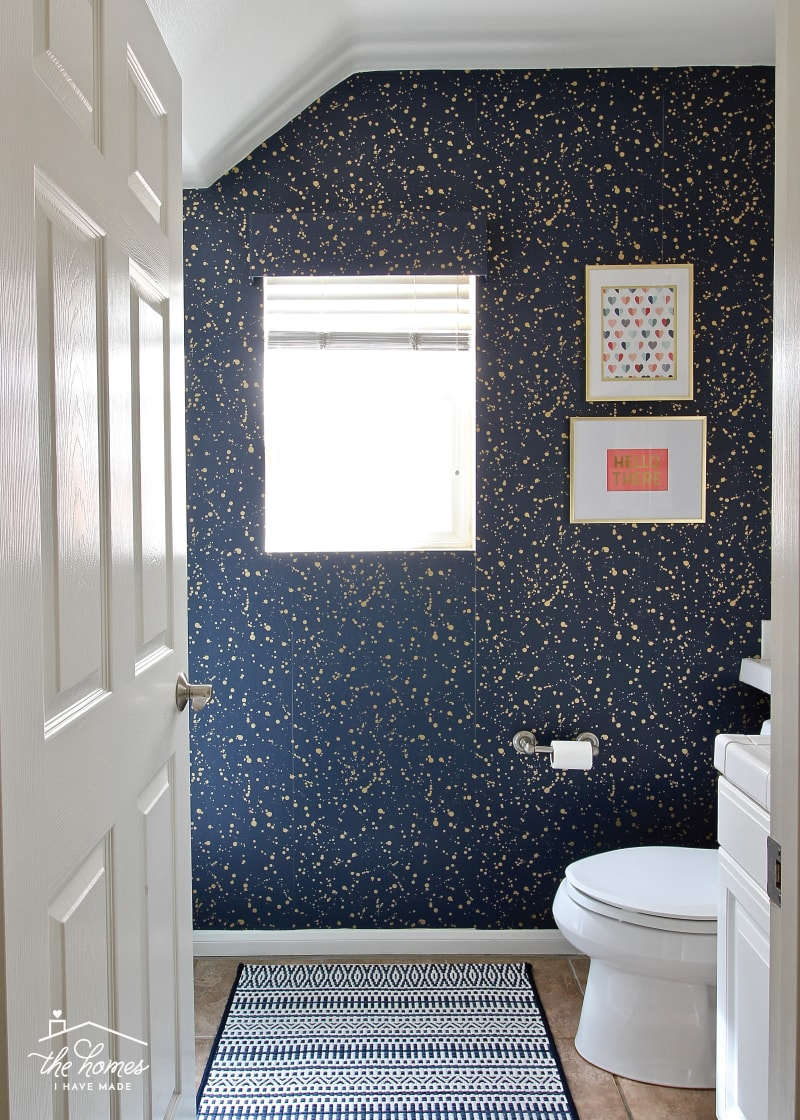 Ideas for Decorating a Rental Bathroom Using All Temporary Touches 4