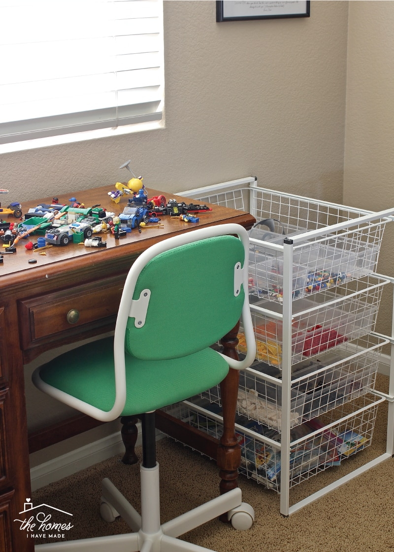 Creating a Lego Play and Display Space