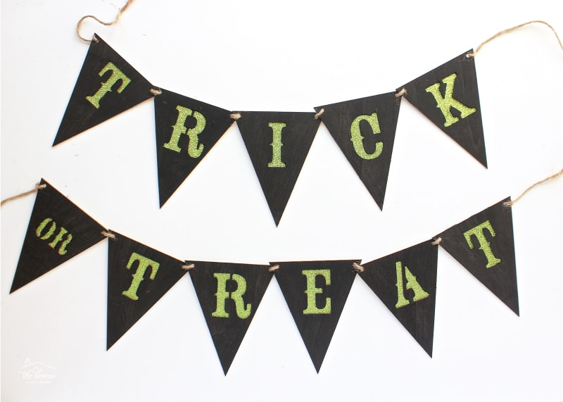 These 10 Easy Halloween Projects will have your heart and home Halloween-ready in no time!