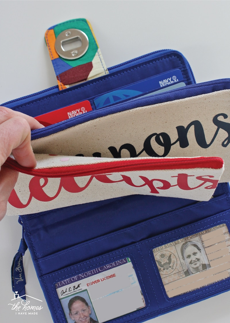 How I'm Keeping Track of Coupons & Receipts This Shopping Season