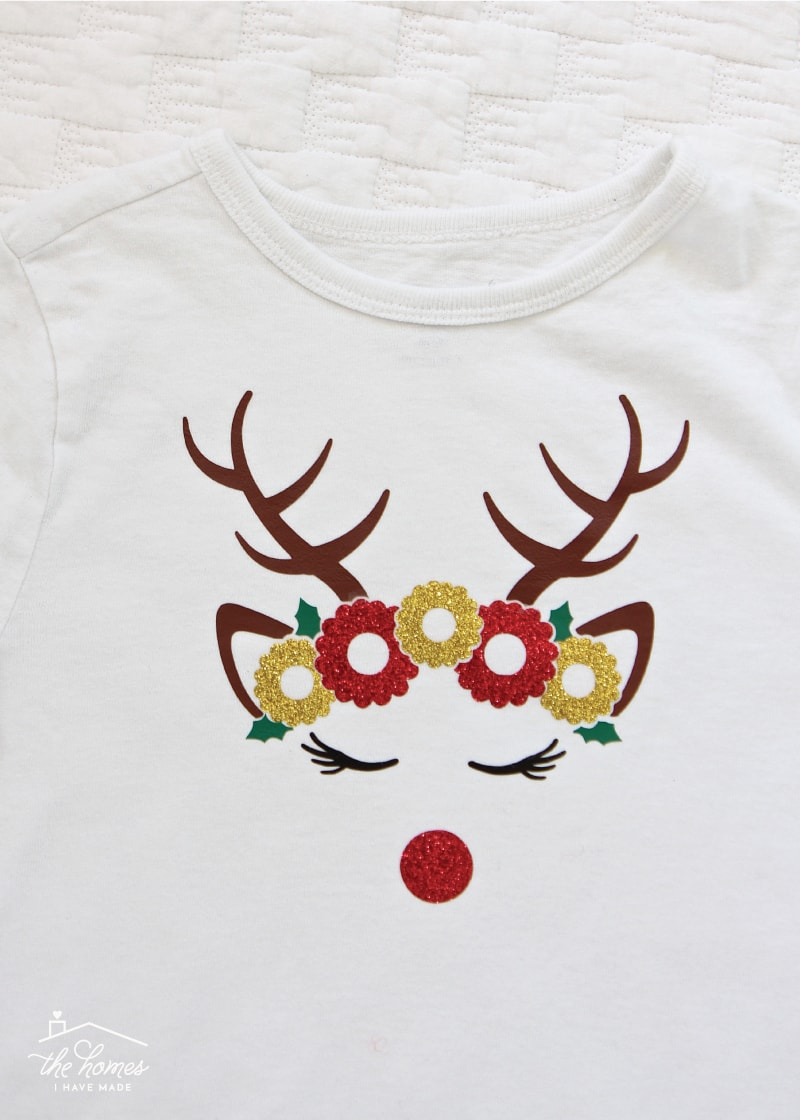 Make DIY Holiday Shirts for the whole family using heat transfer vinyl from Craftables!