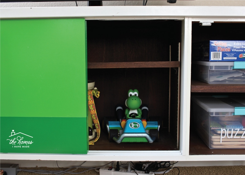 Storing Toys So That They Look Nice And Can Be Played With Tricky