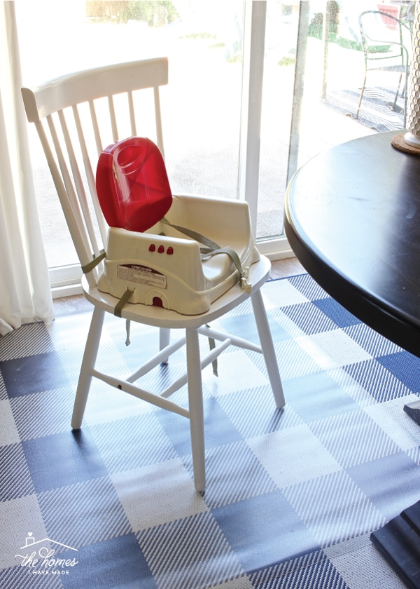A Rug Under The Kitchen Table Practical Ideas For Making