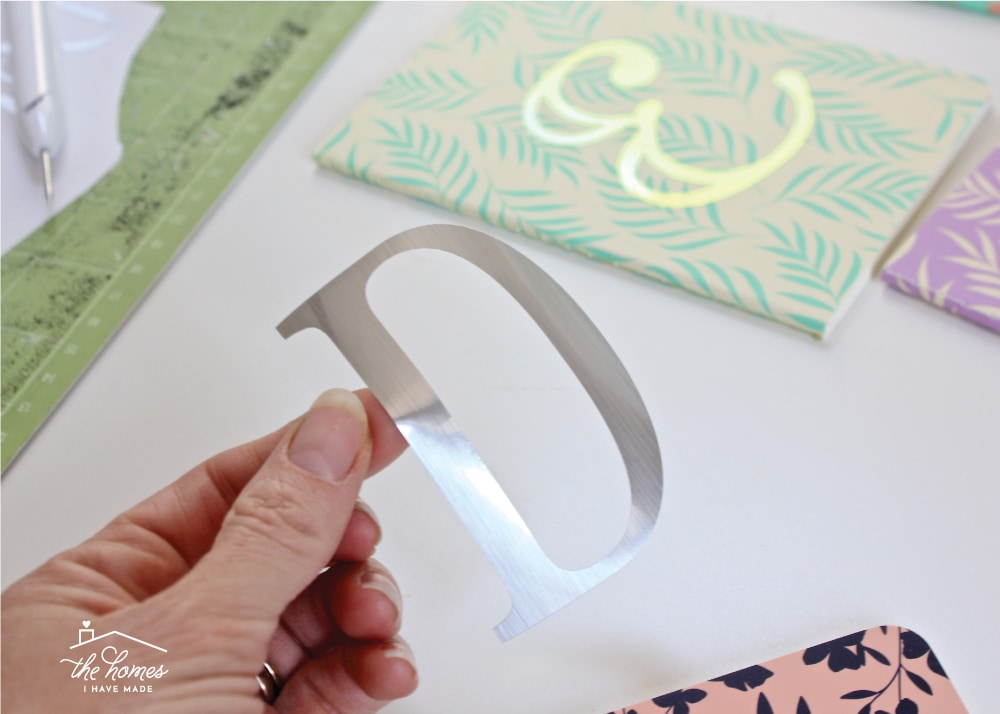 Tips & Tricks for Working with Holographic & Foil Vinyl on a Cricut