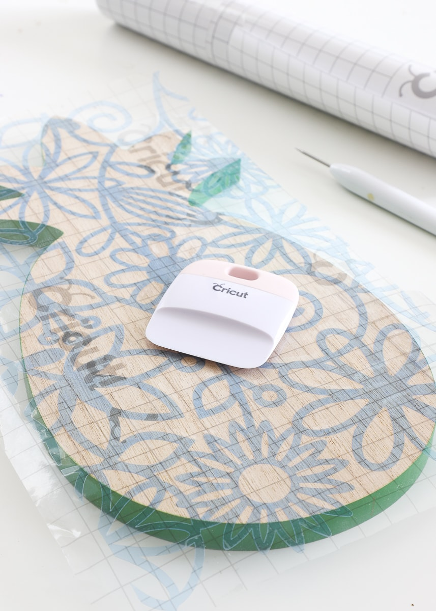 how to cut stencils with a Cricut