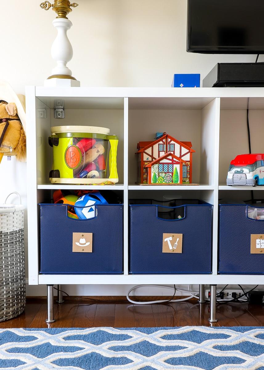 conceal basket clutter