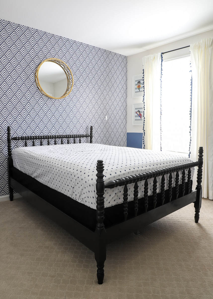 How to Update a Jenny Lind Bed