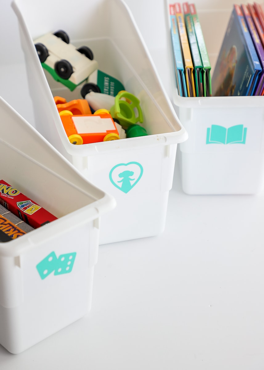 how to make vinyl labels with a Cricut