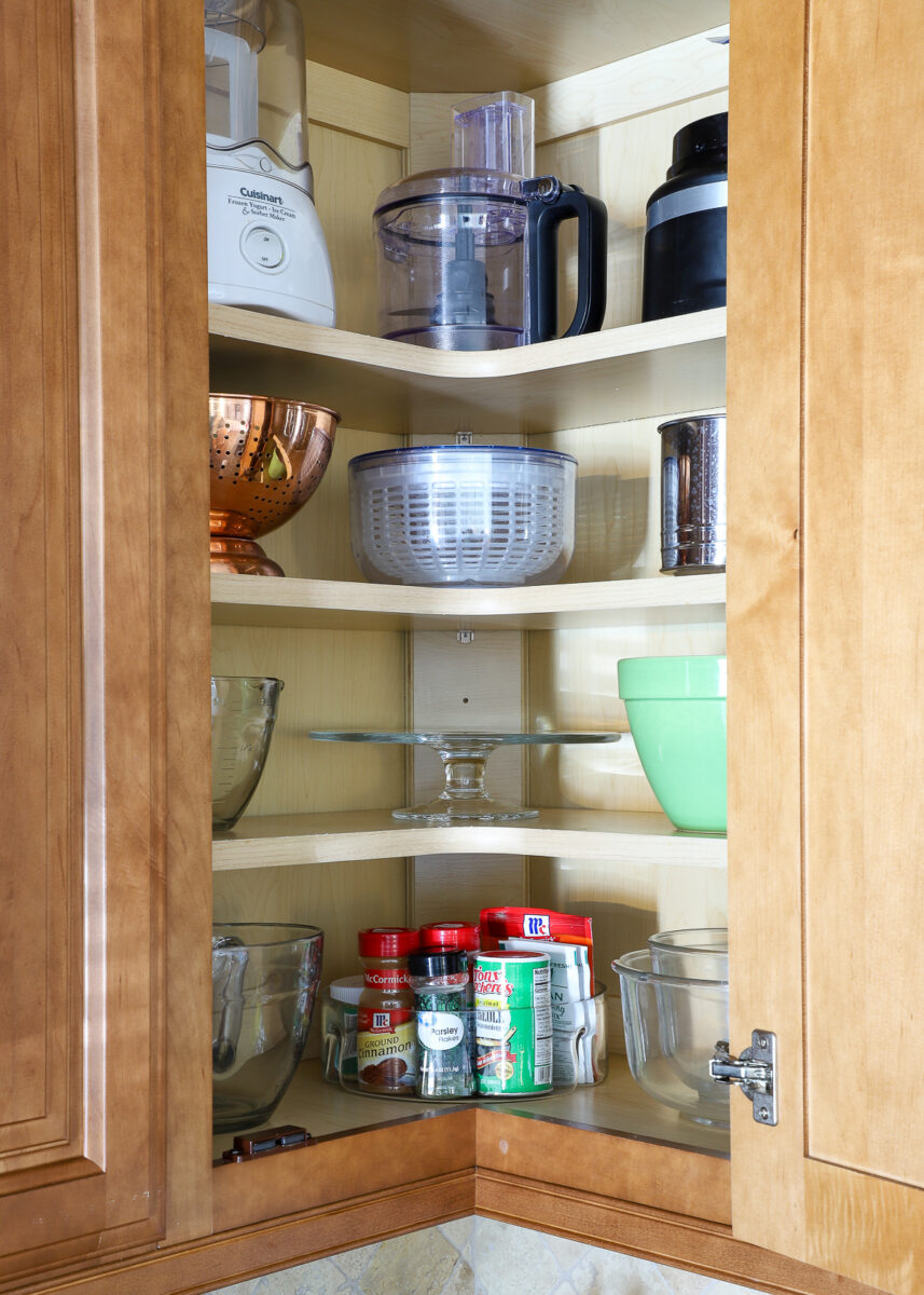 How to Organize Corner Kitchen Cabinets