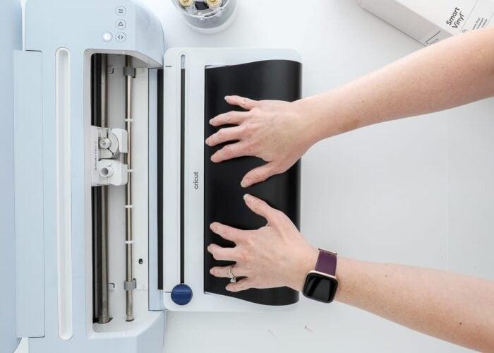 Load Smart Vinyl into Cricut Maker 3