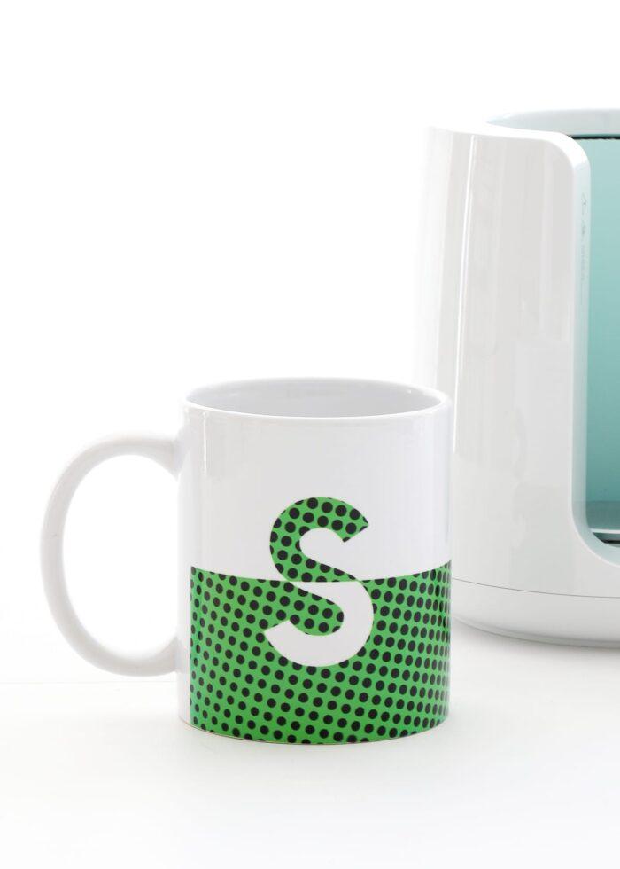 Split monogram mugs in green