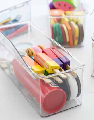 How to organize play food in plastic boxes