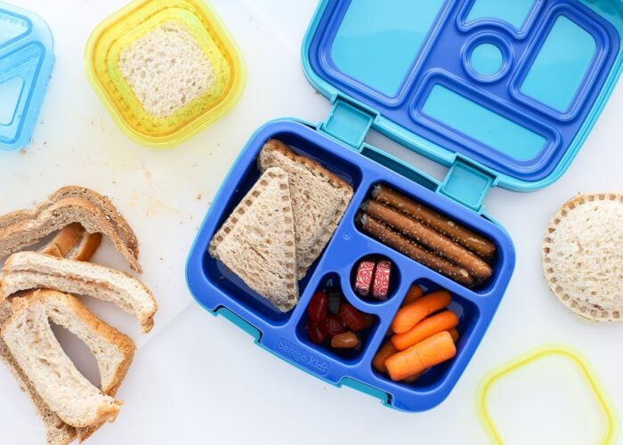 Bentigo lunch box for kids loaded up with lunch foods.